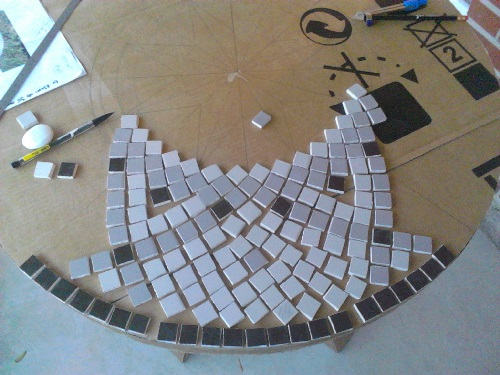 Faire une table en mosaique